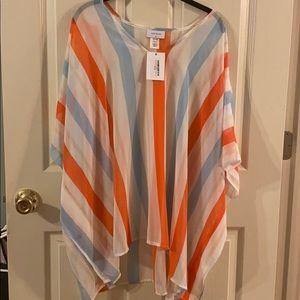 Adorable striped blouse 😍